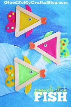 Popsicle Stick Fish - Kid Craft #craftpopsiclesticksprojects Toddler Crafts, Preschool Crafts, Crafts For Kids, Class Projects, School Projects, Ocean Themes, Cupcake Liners, Class Activities, Kid Art