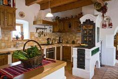 Szentbékkálla - Magyarország Old Kitchen, Wooden Kitchen, Rustic Kitchen, Kitchen Decor, Ideas Hogar, Cabinet Decor, Kitchen Flooring, Kitchen Walls, Home Kitchens