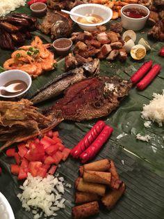 Filipino Food Kamayan Style Or They Call It Boodle Fight Hotdog