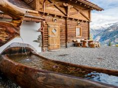 Bergchalet in traumhafter Lage - Kärnten Österreich Austria, Mansions, House Styles, Garden, Home Decor, Dreams, Chalets, Cabin, Recovery