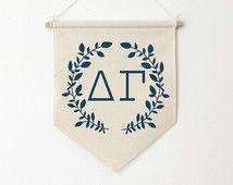 Delta Gamma Wreath Wall Banner, ΔΓ, Sorority Wall Hanging, Sorority Gift, Greek…