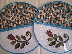 Jogo Americano Redondo (Atelier Mimos da Fau) Tags: quilt patchwork aplicao jogoamericano patchcolagem plastificado aplique patchaplique