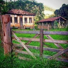 South Of The Border, Country Lifestyle, Rio Grande Do Sul, African American Art, Small Farm, Abandoned Buildings, Farm Life, Landscape Art, Country Living
