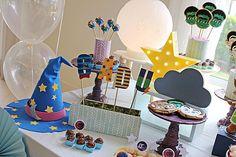 Marcia Daltozo I Super Monstros em Ação Monster Birthday Cakes, Monster 1st Birthdays, Monster Birthday Parties, Girl Birthday Themes, Monster Party, 3rd Birthday, First Birthdays, Birthday Ideas, Super Party
