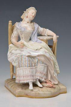 Porzellanfigur, Meissen, um 1880,  Schlafende Louise-Louise le déserteur, nach einer Zeichnung von Jean Baptiste Greuze,Modellnr. E 58 von Michel Victor Acier, fein pastellige Bemalung, Kleid mit Spi