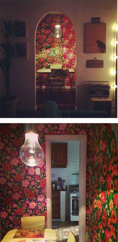 Casa de Colorir: Parede de Chita (como colar tecido na parede)