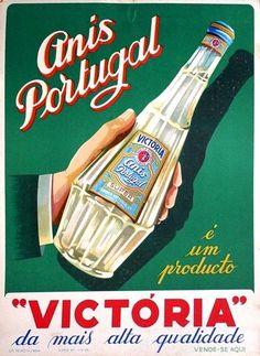Anis Portugal Victoria Original vintage drink advertising poster printed on thicker paper for display in shops. Vintage Labels, Vintage Travel Posters, Vintage Ads, Vintage Prints, Vintage Graphic, Vintage Images, Poster Ads, Advertising Poster, Guinness Advert
