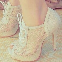Lace shoes!!