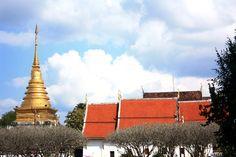 Wat PretartCharngkham : Nan : Thailand