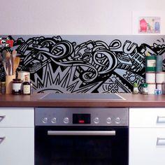 Die Wandpaneele schützt vor Verschmutzung und erleichtert das Sauberhalten. Material: Alu Dibond, Alu-Dibond Butlerfinish oder Acrylglas XT. Stärke: 2mm Wir fertigen gerne individuelle Wandpanel mit dem Motiv an. Preise auf Anfrage: preiseanfrage@ruhrpottmerch.de  #küche #wandpaneele #ruhrpott Interior Design Kitchen, Material, Kitchen Interior