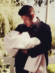 Adorable <3 (but then you realise this is actually sorta disturbing considering what the baby is)