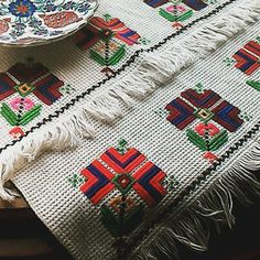 Cross Stitching, Cross Stitch Embroidery, Vintage Cross Stitches, Bargello, Luxury Interior Design, Angry Birds, Turkish Fashion, Quilts, Ornaments