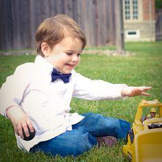 Little John Neckwear : blue pin dot bow tie Little Gentleman, Boys Bow Ties, Preppy, Bows, Fashion, Preppy Fashion, Moda, La Mode, Bowties