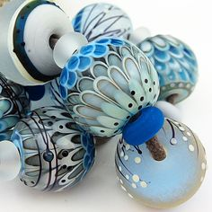 Beautiful blue palette used in the lampwork set.