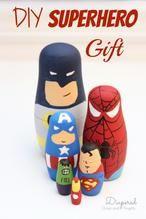 DIY Superhero Matroschkas für alle kleinen Superhelden im Haus. Tolle Deko für das Kinderzimmer