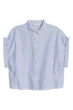 54aaf177b60 Kurze Baumwollbluse H&m Shorts, Fashion Essentials, Collar Shirts, Shirt  Blouses, Ladies Shirts