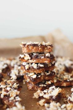 Best Food Gifts, Candied Pecans Recipe, Roasted Almonds, Powder Recipe, Edible Gifts, Toffee, Homemade Chocolate, Dessert Recipes, Desserts