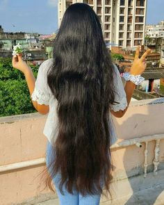 Open Hairstyles, Long Black Hair, Curly Hair Styles, Hair Beauty, Hair Girls, Photo And Video, Indian, Beautiful, Instagram