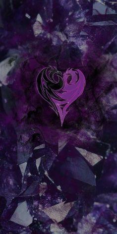 Iphone Background Disney, Disney Phone Wallpaper, Halloween Wallpaper Iphone, Heart Wallpaper, Wallpaper Iphone Cute, Wallpaper Backgrounds, Descendants Wicked World, Disney Channel Descendants, Disney Princess Pictures