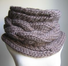 Oversized Cable knit cowl Walnut