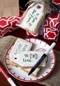 Christmas gingerbread gift tag cookies