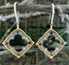 Small Isis Earrings in 18K Yellow Gold and Diamonds Ladies Fine Jewelry Designer Jewels