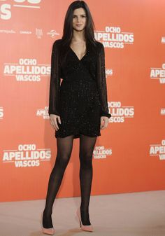 Amy macdonald wearing thick pantyhose nl ler for Affitti cabina lago kerr scott