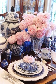 Royal blue ginger jar vases for table top (obviously not this much or as kitschy)