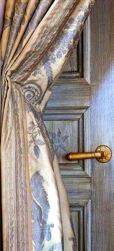 Beautiful vignette in blue - Charming | Pinterest - Gordijnen ...