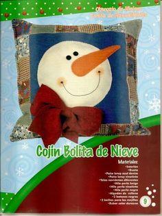 revistas de manualidades gratis Christmas Stockings, Snoopy, Cushions, Teddy Bear, Beige, Toys, Holiday Decor, Character, Animals