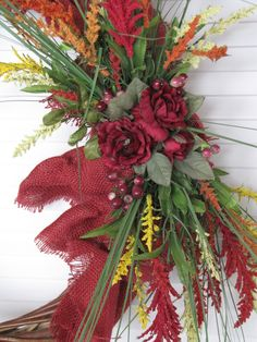 Red #Burlap #Wreath Closeup  www.facebook.com/wreathswithareason