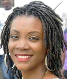 What are Shoulder Length Dreads? Shoulder length dreads are also Short Locs Hairstyles, Short Dreads, New Natural Hairstyles, Braids For Short Hair, Twist Hairstyles, Black Women Hairstyles, Cool Hairstyles, Pixie Braids, Hairstyles Pictures