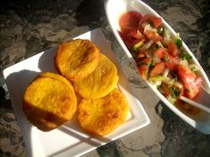 Canela kitchen: Sopaipillas con pebre (Little chilean treats with pebre sauce)