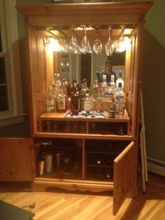 Ess- und Wohnzimmer Refurbished TV armoire to wine/mini bar cabinet How to build a water pond ! Refurbished Furniture, Bar Furniture, Repurposed Furniture, Furniture Makeover, Refurbished Cabinets, Bar Armoire, Home Bar Cabinet, Liquor Cabinet, Drinks Cabinet