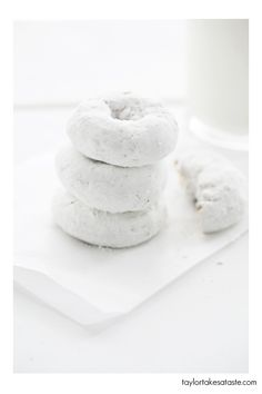 Monochromatic Food Styling article