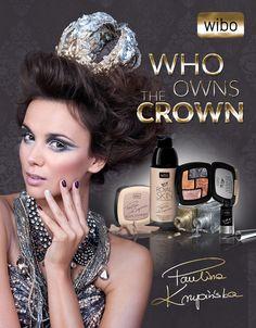 Mocny make-up to zdecydowany trend makijażowy jesiennego sezonu. Liczy się nie tylko kolor ale przede wszystkim błysk. Aksamitne i połyskujące szarości zwiastują w tym sezonie najwięksi dyktatorzy. W ślad za nimi najnowsza kolekcja WIBO WHO OWN THE CROWN sygnowana przez Paulinę Krupińską stawia na metaliczne wykończenie makijażu.