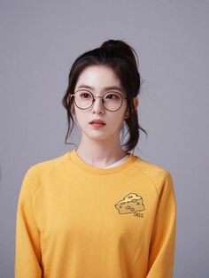 ırene web drama Redvelvet Kpop, Red Velvet Irene, Seulgi, Kawaii Fashion, South Korean Girls, Bunny, Rabbit, Rabbits, Baby Bunnies
