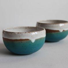 ceramic bowls Small bowls for cereal. Ceramic Soap Dish, Ceramic Clay, Porcelain Ceramics, Ceramic Bowls, Fine Porcelain, Glazes For Pottery, Pottery Bowls, Ceramic Pottery, Pottery Art