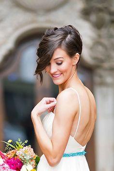 short wedding hairstyle ideas 31