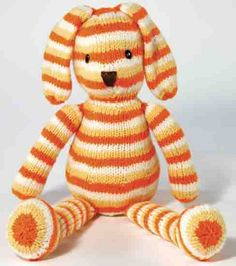 """Original Pinhead said, """"I'm thinking this would be cute in self striping yarn."""" I'm thinking this would be cute in ANY yarn. :) Thanks for the pin D. Cute Crafts, Yarn Crafts, Fabric Crafts, Sewing Crafts, Free Knitting, Knitting Patterns, Crochet Patterns, Knitting Needles, Fabric Toys"""