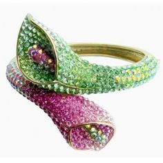 Google Image Result for http://www.chapmansjewellery.co.uk/images/products/medium/1332000063-11659100.jpg