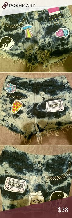 OOAK Custom DIY High Waist Patch Denim Shorts Super cute diy ooak denim shorts by Mossimo in a size 2/26 hight waist. I hand studded and hand-drew and painted all of the patches.  The patches have been treated to prevent fading with washing but I still reccomend hand hand washing to keep them looking great. #90s #goth #grunge #punk #melaniemartinez #pastelgoth Mossimo Supply Co Shorts Jean Shorts