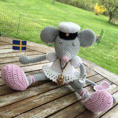 DIY – Virkad babypläd i vintagefärger och bobble stitch Crochet Squares, Crochet Stitches, Crochet Patterns, Free Crochet, Crochet Baby, Knit Crochet, Crochet Dollies, Crochet Flowers, Christmas Tree Hat