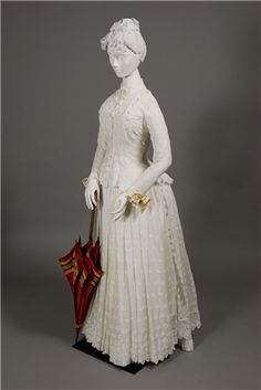 American, Dress, c. 1885, Muslin | Wadsworth Atheneum Collection