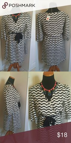 NWT Lightweight Striped Bow Front Shift Dress Super cute easy to wear simple shift dress. Lightweight and perfect for spring and summer. Feel free to make an offer! Boutique Dresses