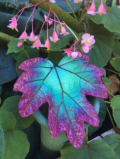 Decorative cement leaf in teal majenta and copper by StudioJLK - Cement Art, Concrete Crafts, Concrete Art, Concrete Projects, Concrete Garden, Painting Cement, Outdoor Acrylic Paint, Concrete Leaves, Papercrete