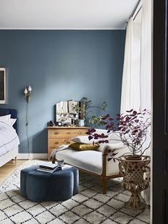 Nice Blue Walls Living Room with Best 25 Blue Bedroom Walls Ideas On Home Decor Blue Bedrooms 4833 is among pictures of Living Room concepts for your house Elle Decor, Sofas Vintage, Bohemian Chic Home, Bohemian Living, Bohemian Interior, Bohemian Homes, Bohemian Furniture, Modern Bohemian, Blue Walls