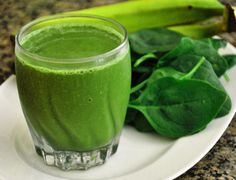 Green Detox Juice Recipe : Ingredients 2 apples 1 handful watercress 1 celery stalk bunch spinach lemon, peeled slice of ginger Power Smoothie, Juice Smoothie, Aloe Vera Juice Recipes, Detox Recipes, Healthy Recipes, Vitamix Recipes, Bebidas Detox, Green Smoothie Recipes, Green Smoothies