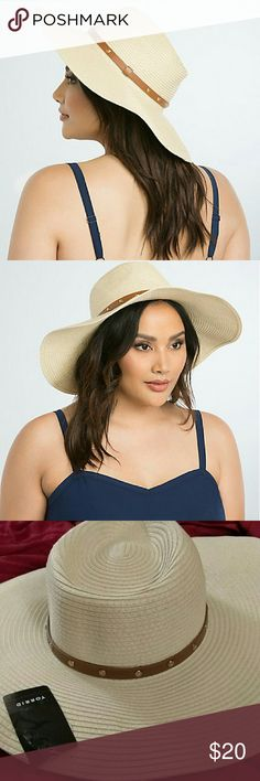 Torrid Studded Band Floppy Hat beach vacation s/m Fits Sizes small to medium  Because this is a fragile item and you don't want it crushed. please don't bundle w heavy items, it will hard to ship  We think you deserve a vacation (this floppy hat agrees). The woven ivory style morphs easily to your head, while the wraparound cognac faux leather band gleams with gold tone studs.  Man-made materials torrid Accessories Hats