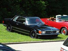 Mercedes Slc, Mercedes Benz Cars, Lowrider, Black Wheels, Car Tuning, Station Wagon, Classic Cars, Bmw, Street Rods